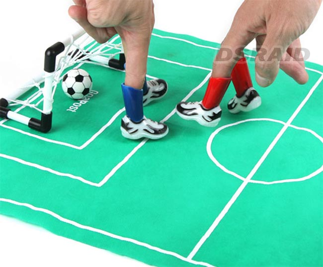 Football Toys For Boys : Finger soccer game football office table top