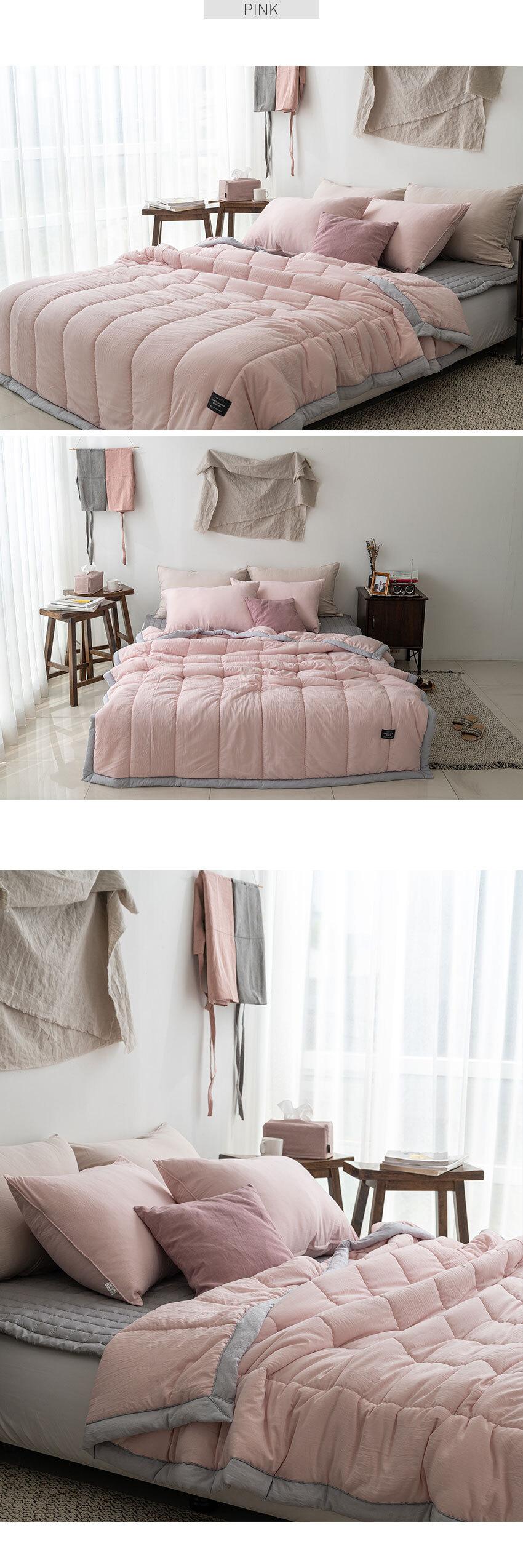 labia_bed_pink.jpg