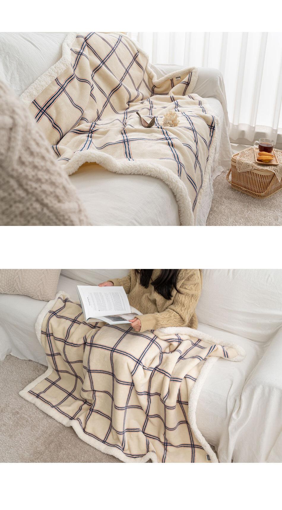 chou_blanket_medium_02.jpg