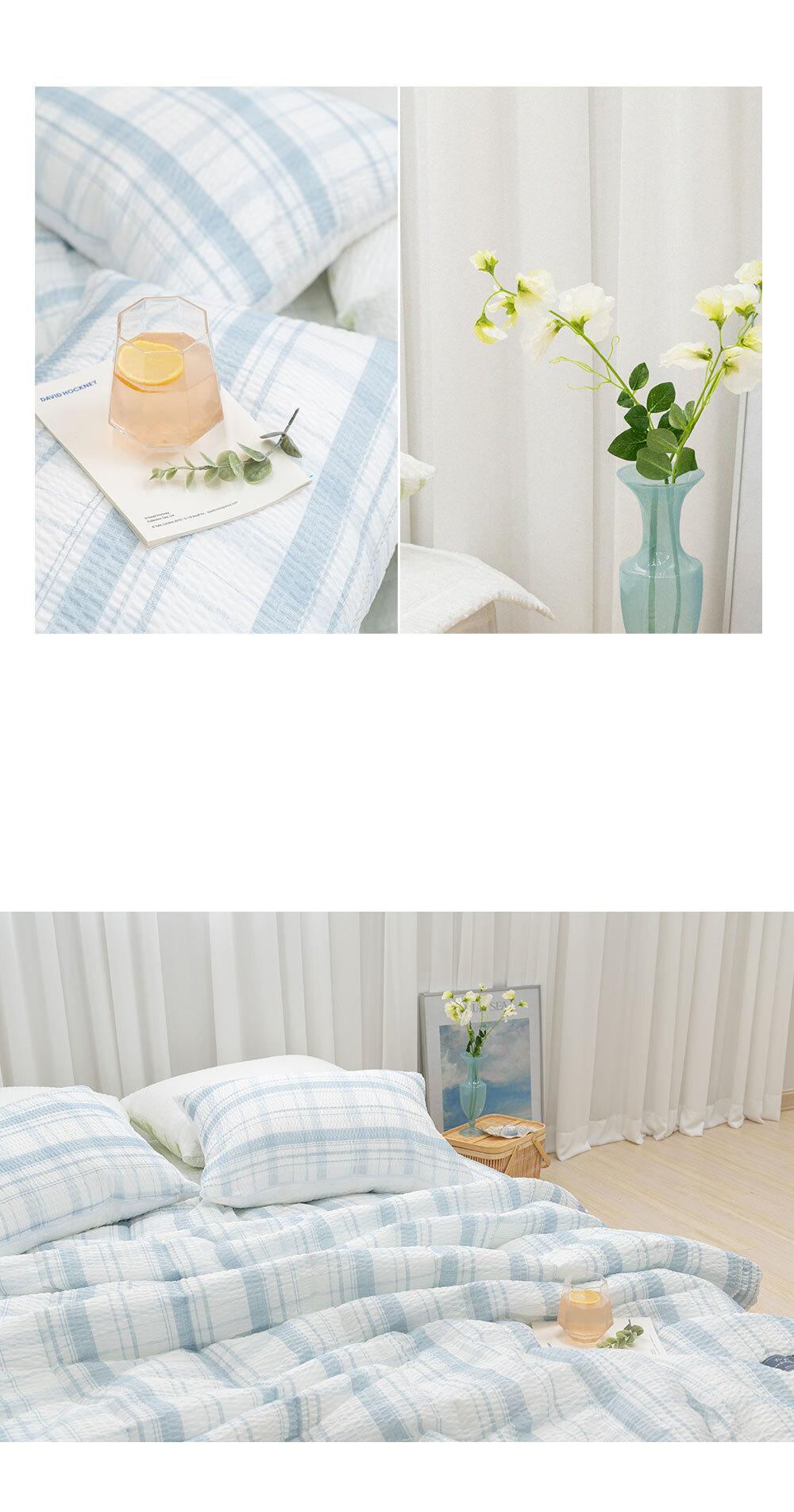 butterring_bed_blue_04.jpg