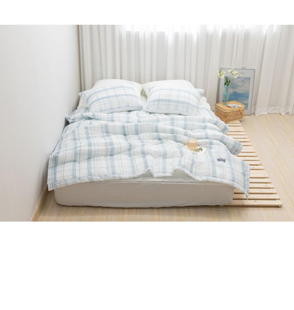 butterring_bed_blue_06.jpg