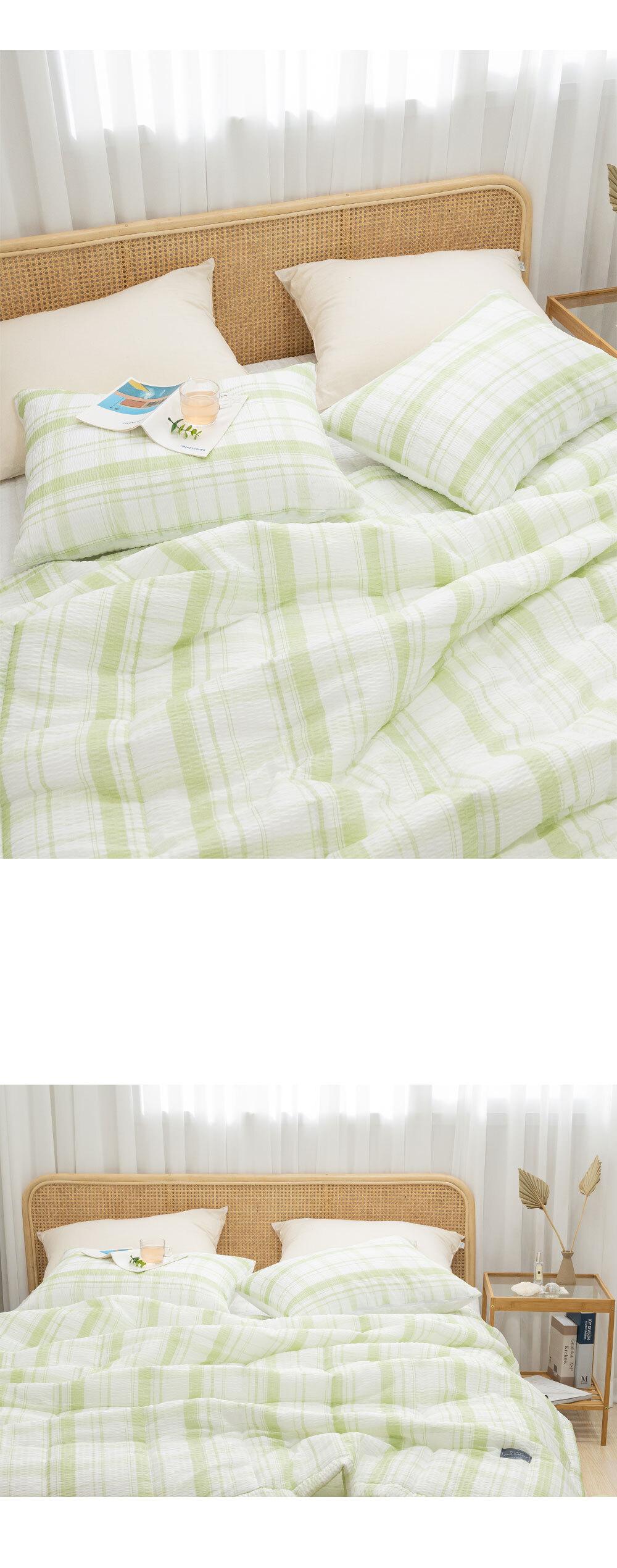 butterring_bed_green_03.jpg