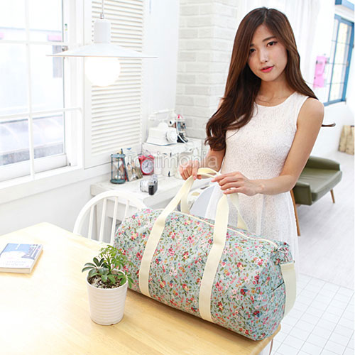 Messenger bags for travel, tote bags for women
