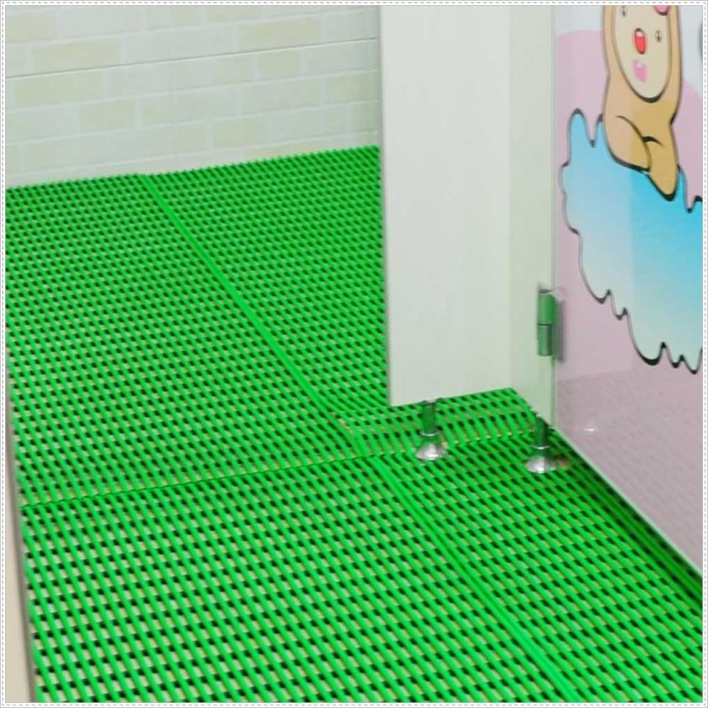 키즈카페 놀이공간 바닥 논슬립 매트 욕실인테리어