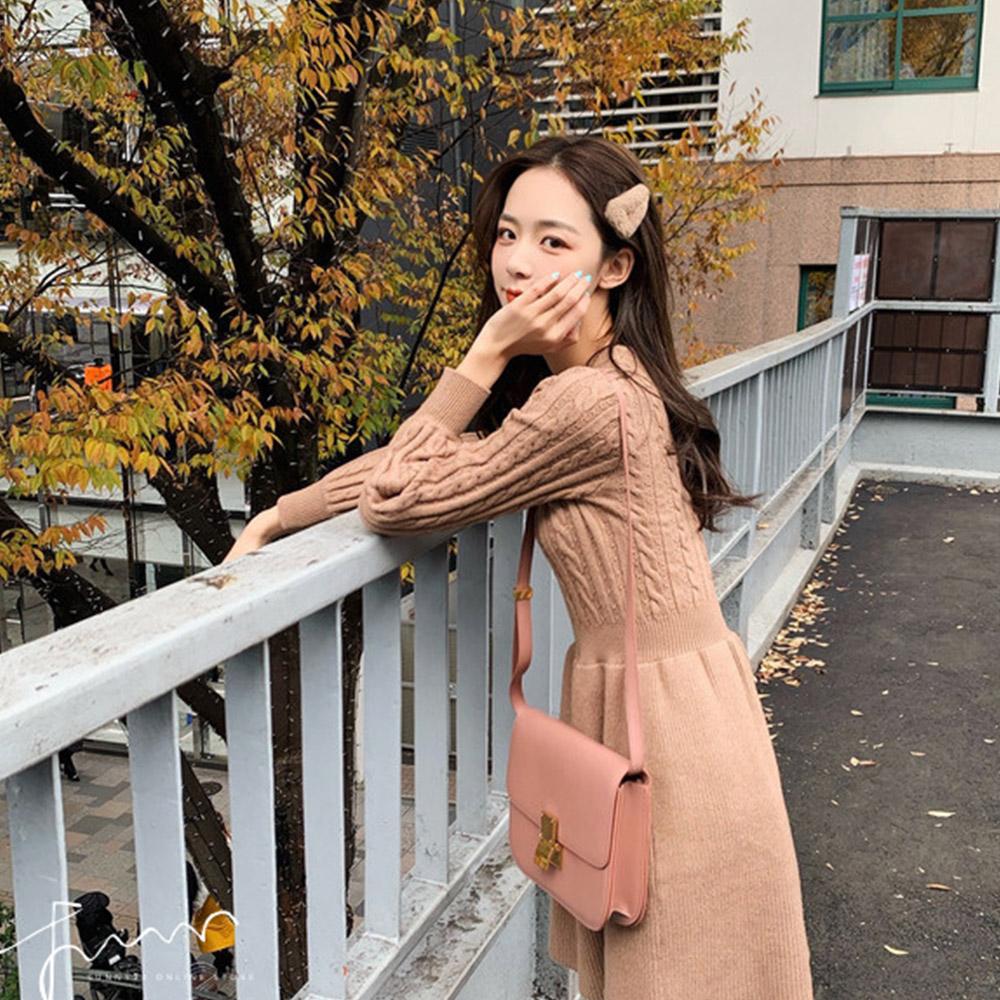 [무료배송]미니준 꽈플레어 니트원피스