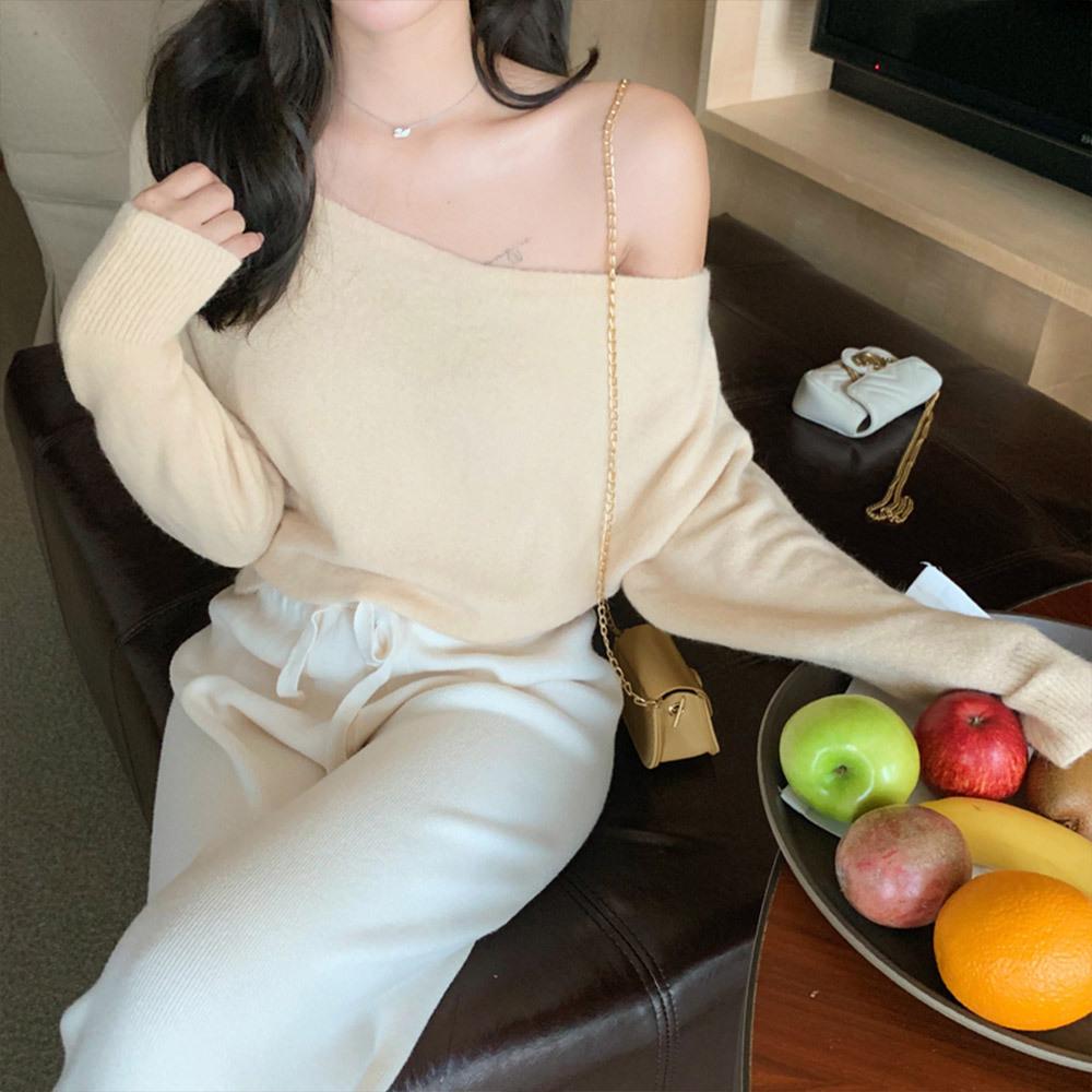 [무료배송]수린느 오프숄더 여리니트