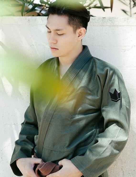 킹즈 원 - 올리브 그린 (화이트벨트 포함)