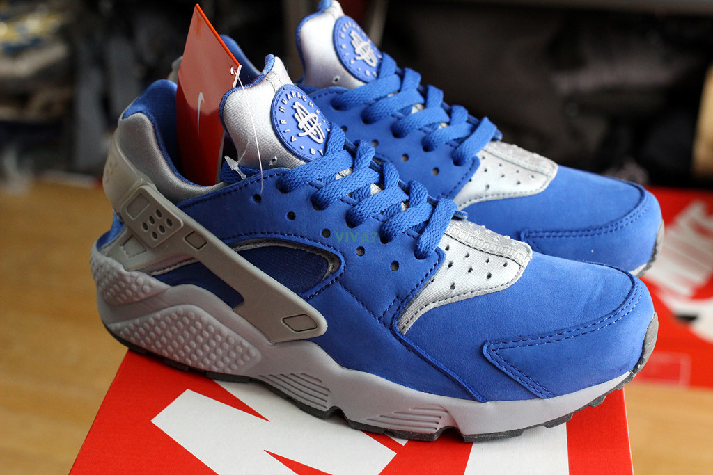 b2f656057865 Details about 2015 NIKE AIR HUARACHE RUN PRM VARSITY ROYAL SUEDE 704830-400